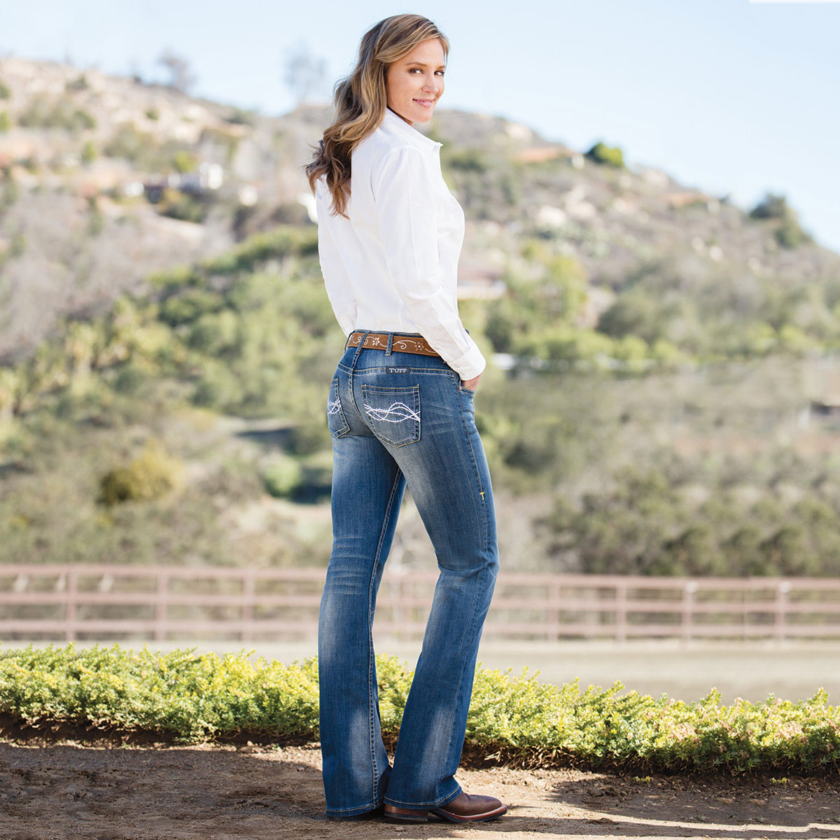 857596747 Cowgirl Tuff Women's Don't Fence Me In Jeans- Medium Wash