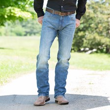 Wrangler Men's Retro Slim Fit Straight Leg Jeans