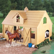 Breyer Deluxe Horse Barn with Cupola
