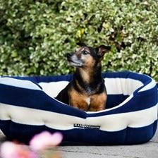 Rambo® Fleece Dog Bed